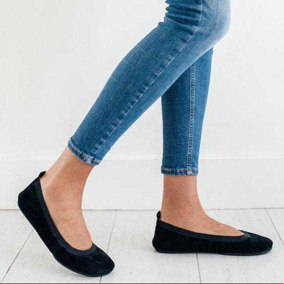 YOSI SAMRA Black Suede Foldable Comfort Flats